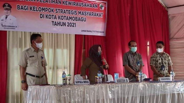 Disdagkop-UKM Gelar Pelatihan Kewirausahaan bagi Kelompok Strategis Masyarakat di Kotamobagu