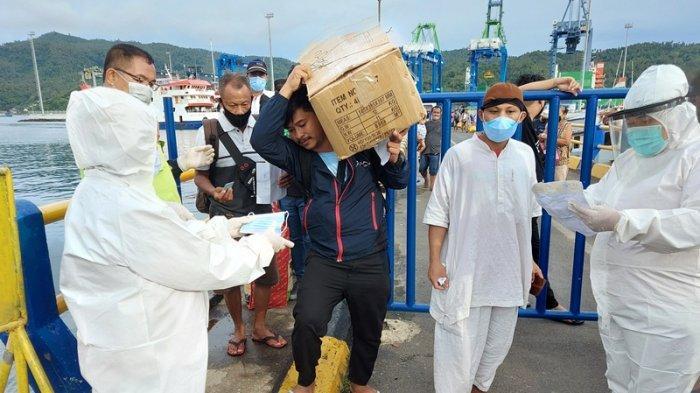 Pasca-Program Peniadaan Mudik, Terjadi Lonjakan Penumpang Kapal Ferry di Bitung