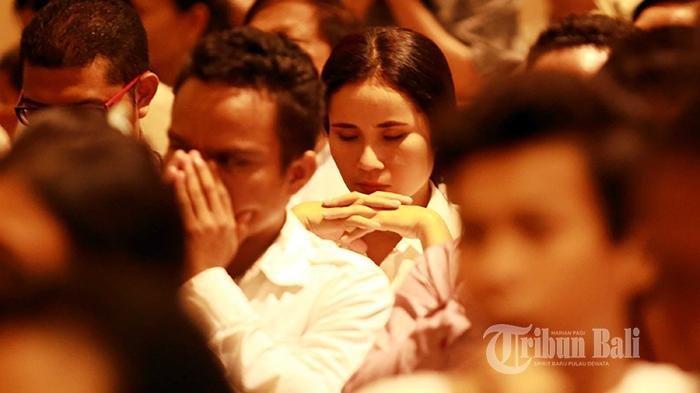14 Contoh Ucapan Hari Jumat Agung Dan Paskah 2019 Kirim Ucapan Untuk Orang Terkasih Tribun Manado