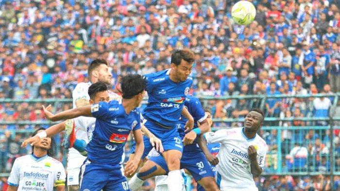 Pavel Smolyachenk Dipertahankan Arema FC, Lima Didepak.