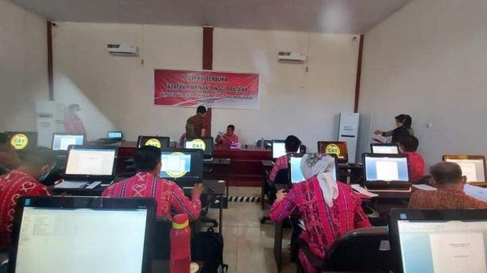 Suasana seleksi terbuka JPT di Pemkab Bolmong, Kamis (3/6/2021) di kantor BKPP.