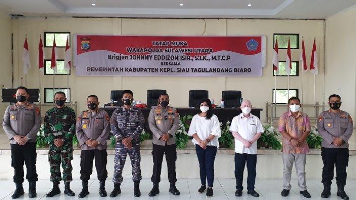 Wakapolda Sulut Brigjen Jhonny Isir Tatap Muka Bersama Jajaran Pemkab Sitaro