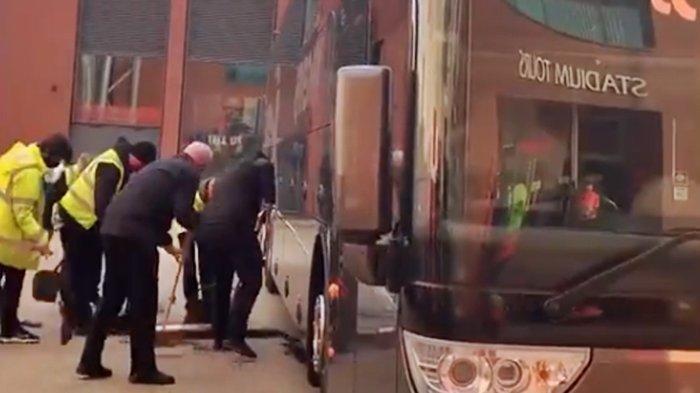 Fans Liverpool Serang Bus Real Madrid, Salah Cs Tumbang, Jubir The Reds Kutuk Pelaku Penyerangan