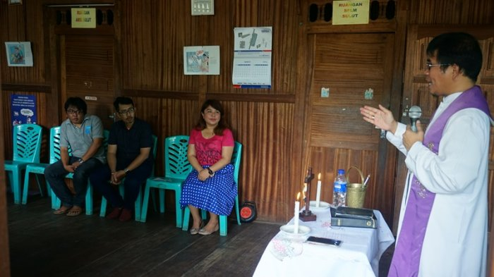 Syukuran AJI Manado Tempati Sekretariat Baru,  Pastor Mandagi Ingatkan Arti Makna 'Independen'