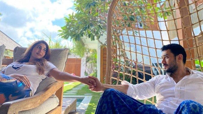 Ingat Tania Nadira? Makin Bahagia Setelah Dinikahi Abdulla Alwi, Kini Tulis Pesan Haru Untuk Suami