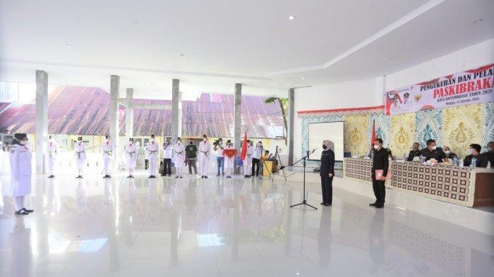 Wali Kota Kotamobagu Kukuhkan Paskibraka dan Duta Pancasila Tahun 2021
