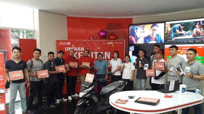Kejutan Kitorang Telkomsel, Warga Tikala Dapat Undian Sepeda Motor