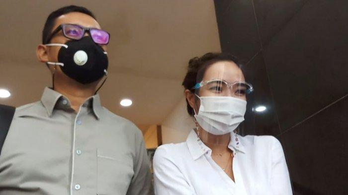 Tersangka Gisella Anastasia alias Gisel penuhi wajib lapor atas kasus dugaan pornografi berakit video syur di Polda Metro Jaya,