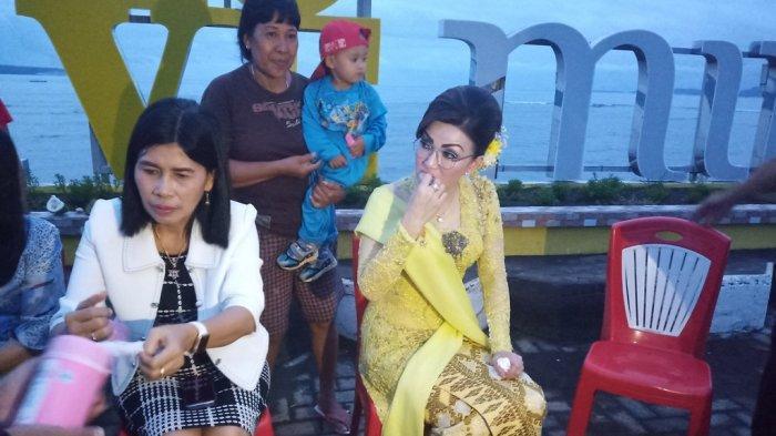 Kala Bupati Tetty Ajak Warga Nikmati Durian di Boulevard Amurang