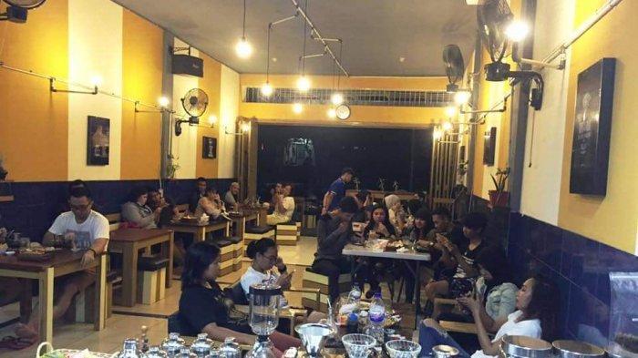 Wang Coffee: Nongkrong Asyik nan Cozy di Kota Cakalang