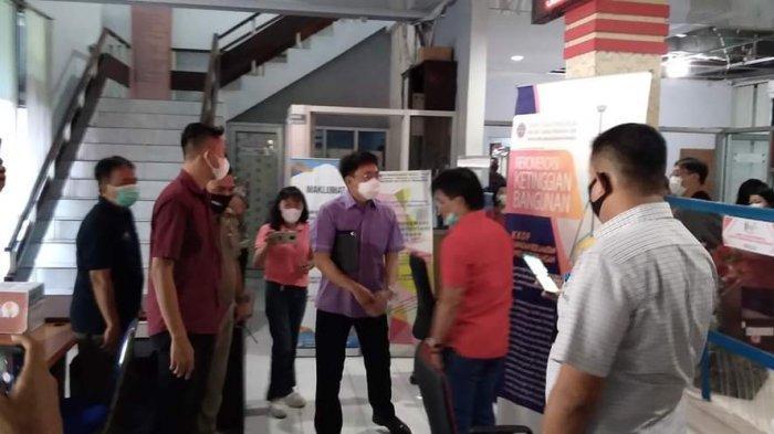 Pelayanan DPMPTSP Tak Maksimal, Andrei Angouw Berang, 'Saya Minta Pejabat Beri Penjelasan'