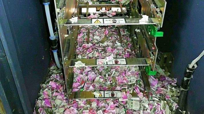 Rp 17 Miliar Berhasil Didapatkan dari Aksi Pembobolan ATM, Ternyata Dibobol oleh 2 Warga Asing