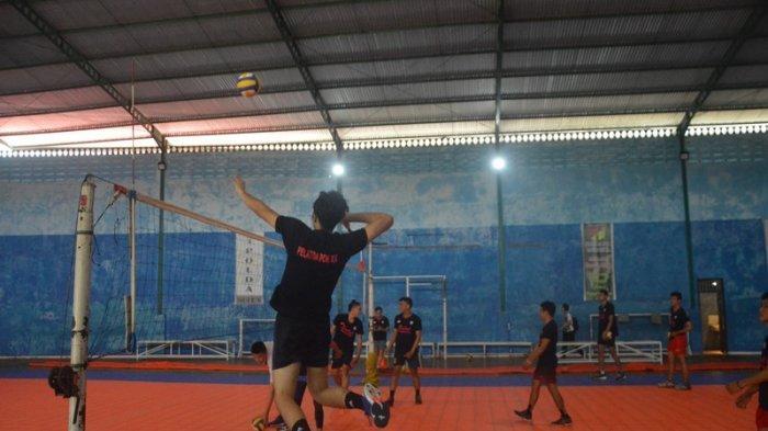 Tim Bola Voli Sulut Pacu Latihan,JordanYakin Raih Medali di PON XX Papua