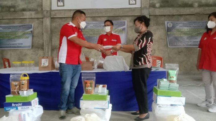 Tim PKM Polimdo Kembangkan Teknik Multimedia Bagi Petani di Tareran