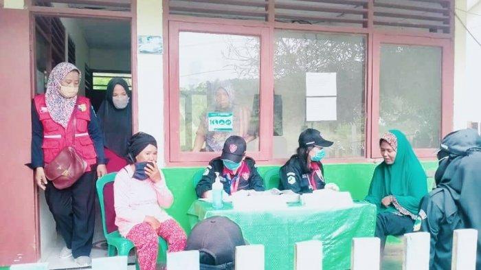 Lewati Medan yang Sulit, Tim PSC 119 Bolmut Berikan Pelayanan Medis Gratis Bagi Warga Desa Goyo