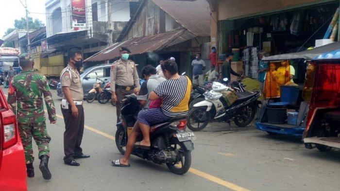 Tim Satgas Gabungan Lakukan Penertiban di Pasar Tamako, Cegah Covid-19