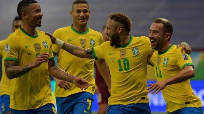 Timnas Brasil merayakan gol dalam pertandingan Copa America 2021 melawan Venezuela di Stadion Nasional Mane Garrincha, Senin (14/6/2021) dini hari WIB.