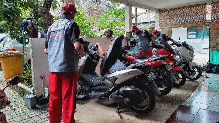 Tips dari Yamaha Indonesia mengenai cara merawat kondisi sepeda motor di rumah.