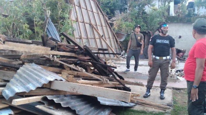 Total 127 Rumah Rusak Akibat Puting Beliung di Kecamatan Tareran, Minsel