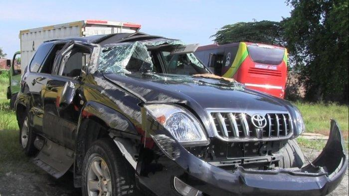 VIDEO Kecelakaan Mobil Minibus, Pengemudinya Bukan Orang Sembarangan, Ini Identitasnya
