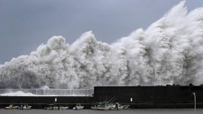 BMKG Ingatkan Adanya Potensi Tsunami Setinggi 28 Meter, Pemda Diminta Siap dengan Skenario Terburuk
