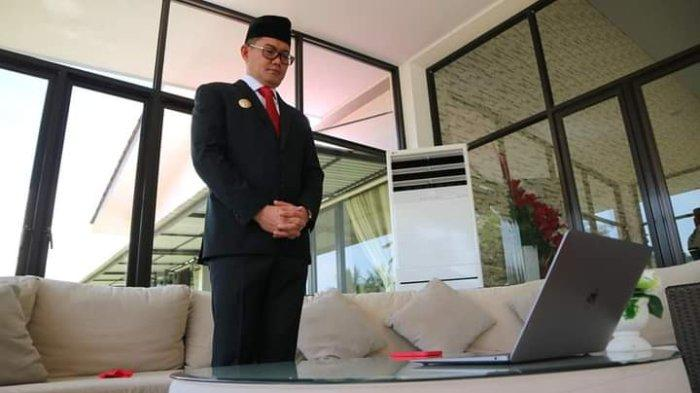 Bupati Joune Ganda Ikut Upacara Hari Kesaktian Pancasila Bersama Presiden Jokowi Secara Daring