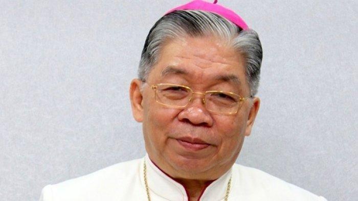 Kisah Uskup Asal Sulawesi Utara Petrus Canisius Mandagi Dua Kali Lolos dari Serangan Teroris