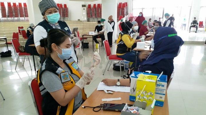 Pemkab Minahasa Bersama BPJS Kesehatan Tondano Berupaya Sukseskan Vaksinasi Covid-19