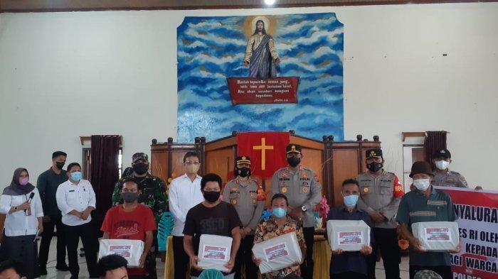 Dampingi Kapolda Sulut, Wabup Bolmong Minta Masyarakat Jangan Termakan Hoaks Tentang Vaksin