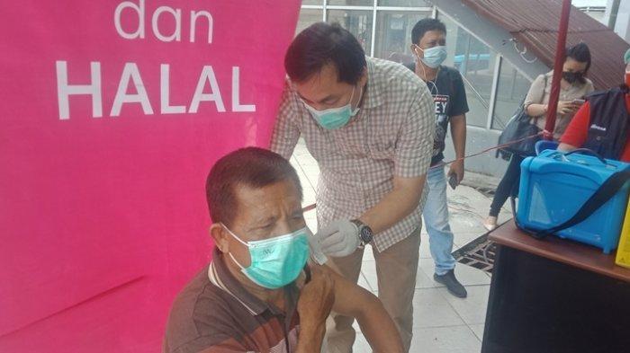 Manado Kekurangan Vaksin, Andrei Angouw: Agustus Tersedia Lagi