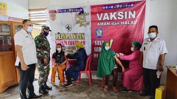 Camat Dumoga Tenggara Targetkan 10 Desa di Wilayahnya Ikut Vaksinasi Massal
