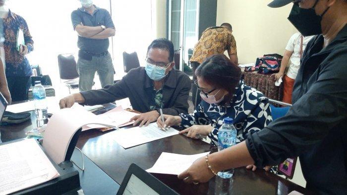 VAP saat menjalani pemeriksaan di Mapolda Sulut.