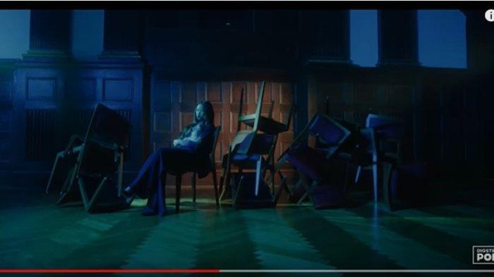 video-klip-lagu-goodbye-caludia-emmanuela-santoso.jpg