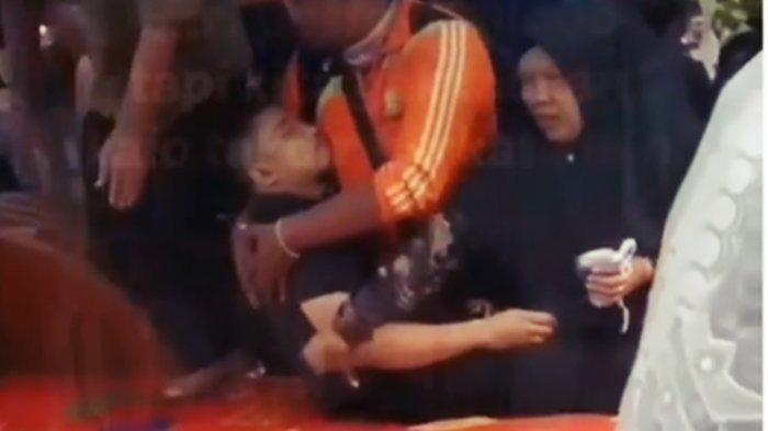 VIRAL VIDEO Pengantin Wanita Tiba-tiba Meninggal Jelang Resepsi, Prianya Kolaps, Netizen Merinding
