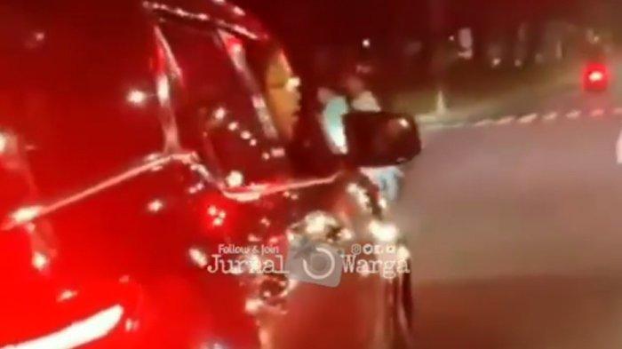 DPR Desak Polisi Tangkap Pria yang Acungkan Pistol setelah Tabrak 2 Perempuan di Duren Sawit