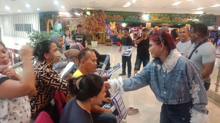 VAP Bikin Heboh Mega Mall Berbagi 'Kasih' Jelang Natal
