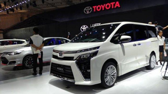 DP Mobil Toyota Cuma 20 Jutaan Berkesempatan Dapat Toyota Voxy hingga Ratusan Iphone 12