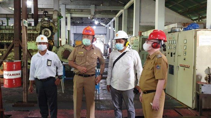 Wabup John Palandung Tinjau Kondisi Mesin Pembangkit Listrik di PLTD Ondong Sitaro