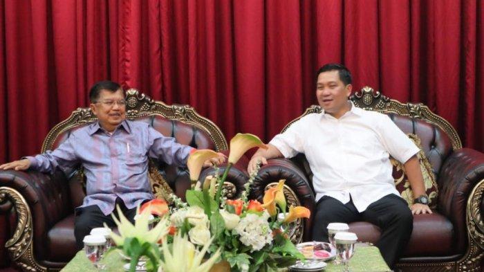 Wagub Kandouw Dampingi Jusuf Kalla Hadiri Pelantikan Pengurus Dewan Masjid Indonesia Sulut