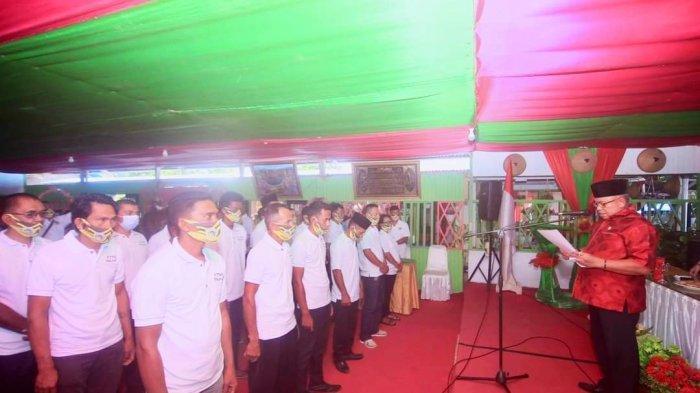 Lantik Pengurus KTNA di Enam Kecamatan, Ini Pesan Wabup Bolmut Amin Lasena