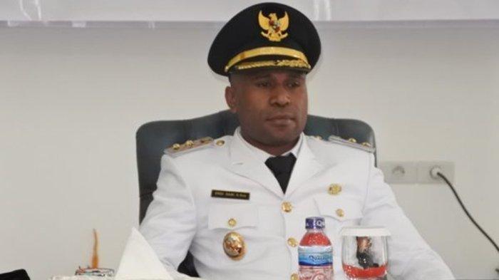 Diduga Kendarai Mobil Dalam Keadaan Mabuk, Wakil Bupati Yalimo Tabrak Polwan hingga Tewas