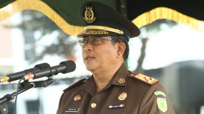 Wakil Jaksa AgungArminsyah Tewas setelah Mobilnya Tabrak Pembatas dan Terbakar di Jalan Tol
