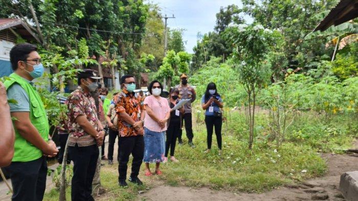 Wali Kota Bitung kunjungi warga yang tengah isoman