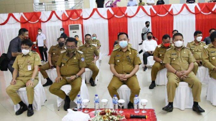 Wali kota Bitung Maurits Mantiri dan Wakil walikota Hengky Honandar hadiri tatap muka dengan Ketua DPR RI Puan Maharani.
