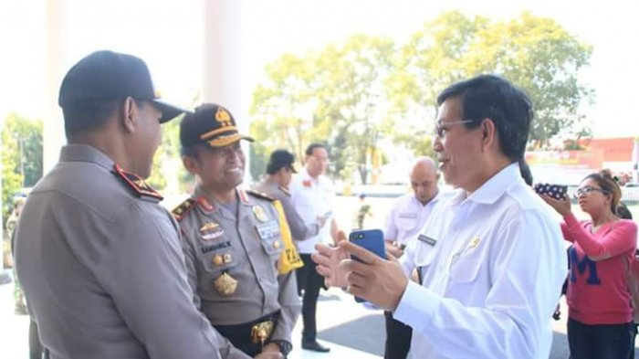 Vicky Lumentut Minta Warga Bantu TNI Polri Ciptakan Keamanan