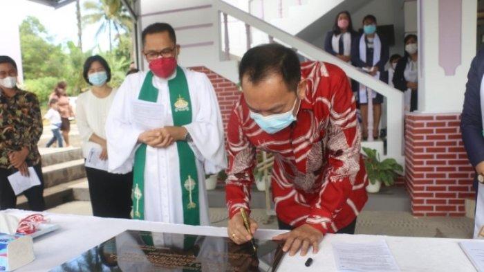 Hadiri HUT ke 9 Jemaat GMIM Markus Kinilow, Begini Pesan Wali Kota Tomohon Caroll Senduk