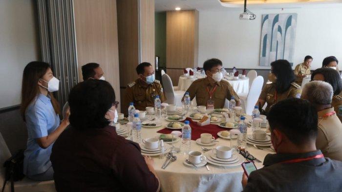 Wali Kota Tomohon Caroll Senduk mengikuti Musrembang RPJMD Provinsi Sulut.