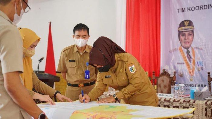 Peta Revisi RTRW Kotamobagu Akhirnya Ditandatangani Walikota Tatong Bara