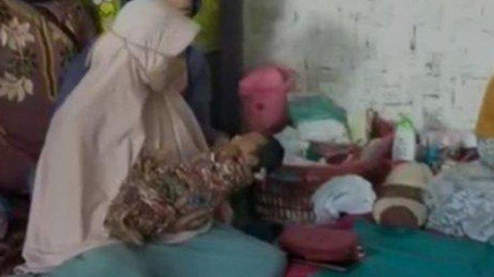 Siti Jainah Melahirkan Tanpa Hamil, Kaget Perut Tiba-tiba Membesar Lalu Lahiran, Ini Potret Bayinya