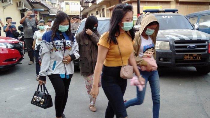 4 Wanita dan 2 Pria di Bawah Umur Terlibat Bisnis Prostitusi Online Ditangkap Polisi